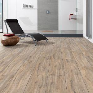 Laminate Flooring - 9.3mm Disano Classic Aqua Holm Oak Creme 203x23cm