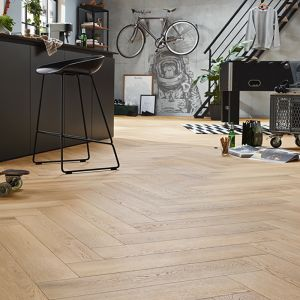 Laminate Flooring - 8mm Herringbone AC4 Pisa Oak ER WG 66.5x13cm