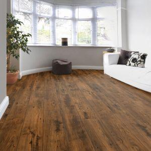 Laminate Flooring - 10mm Metro Chestnut 4V AC5 Chestnut (EIR) 138x19cm
