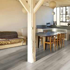 Laminate Flooring - 10mm Metro Plus 4V AC5 Silver Oak (EIR) 138x19cm