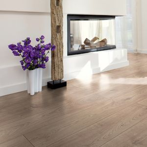 Laminate Flooring - 12mm Robusto 4V AC5 Atlas Oak Beige (EIR) 138x19cm