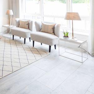 Laminate Flooring - 10mm Mammut Plus AC5 Highland Oak Silver (EIR) 185x24cm