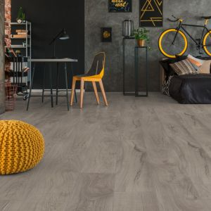 Laminate Flooring - 10mm Mammut Plus AC5 Magnum Oak Grey (EIR) 185x24cm