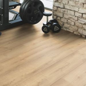 Laminate Flooring - 12mm Lifestyle AC4 Casa Oak 138x19cm