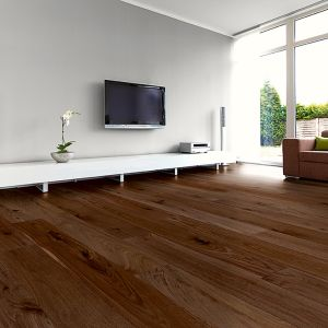 Engineered Wood - Heritage Dakota Walnut Varnished 186x19cm