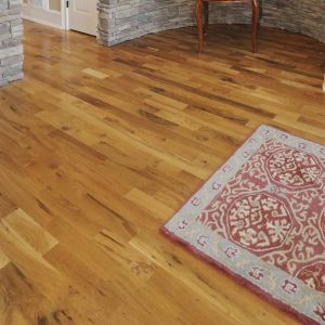 Solid Wood - Canadian Red Oak Rustic Varnished RLx83x19mm