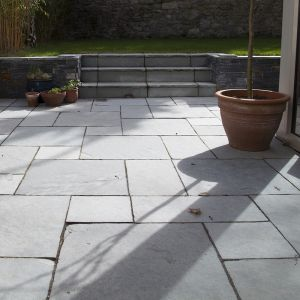 Grey Paving Slabs for Garden - Kota Grey Limestone Hand-Cut Calibrated Paving 90x60cm