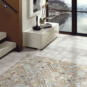 Hydraulic pattern porcelain tile on irish floor